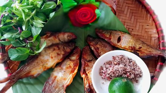 Cá nướng sông Đà đặc sản Thung Nai Hòa Bình