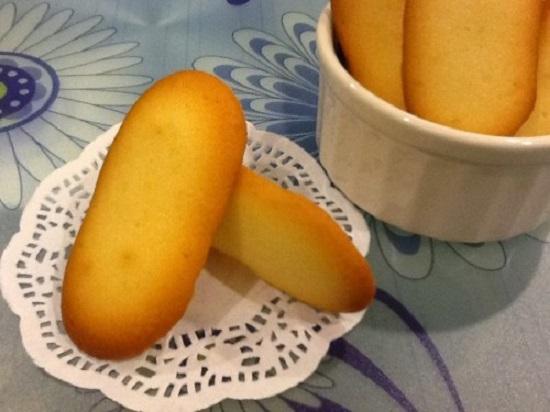 Món bánh lưỡi mèo thơm lừng hấp dẫn