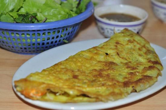 Bánh xèo Huế phố Ngô Thì Nhậm