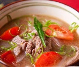 Món canh thịt bò với cà chua lạ miệng ngon cơm