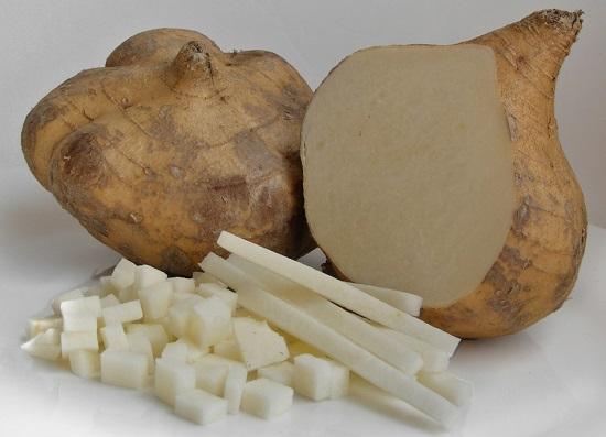 Củ đậu gọt vỏ thái hạt lựu