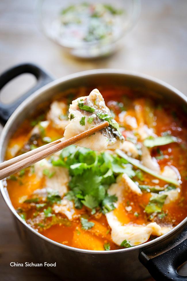 Món canh cá trắm nấu chua ngọt thanh