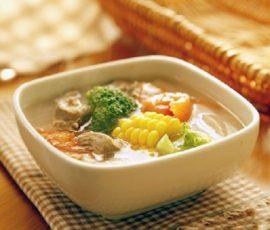 Món canh thịt bò hầm rau củ ngon bổ dưỡng