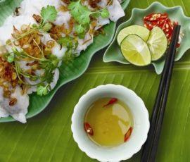 Món bánh cuốn hoa cải gợi nhớ Hà Nam